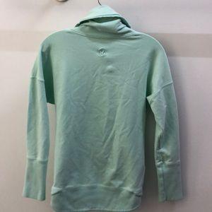 lululemon athletica Tops - Lululemon green cowl neck pullover, sz 4, 69167